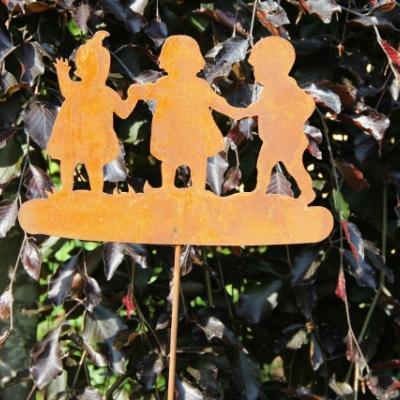 kovový zápich děti patina
